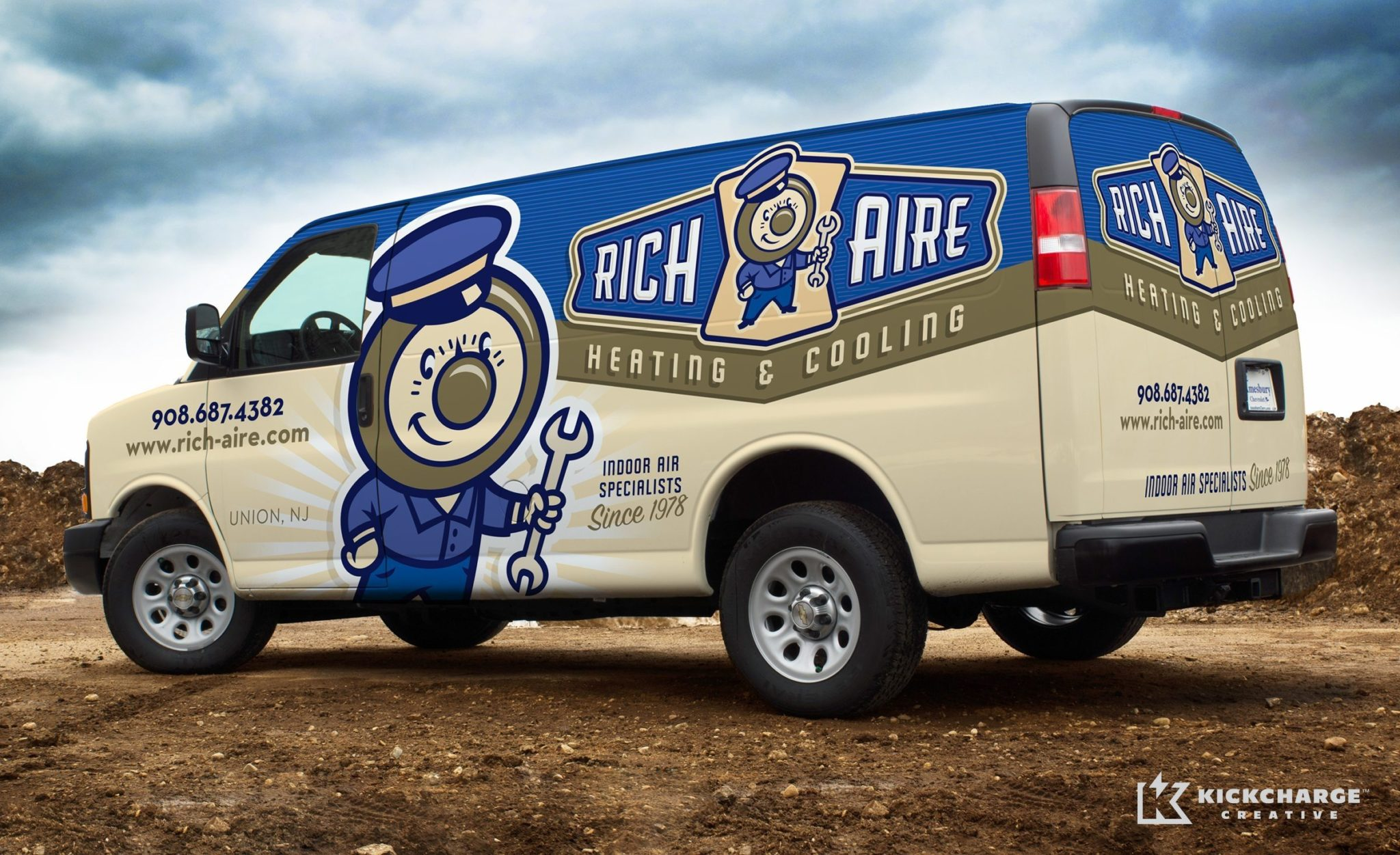 Logo design, and fleet branding for this Union, NJ HVAC company.
